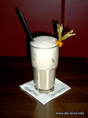 Cocktail des Monats - White Russian - die Kiste - Cocltails und Tapas in Cuxhaven