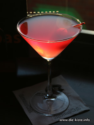 Cocktail des Monats - Cosmopolitan - Die Kiste Cuxhaven